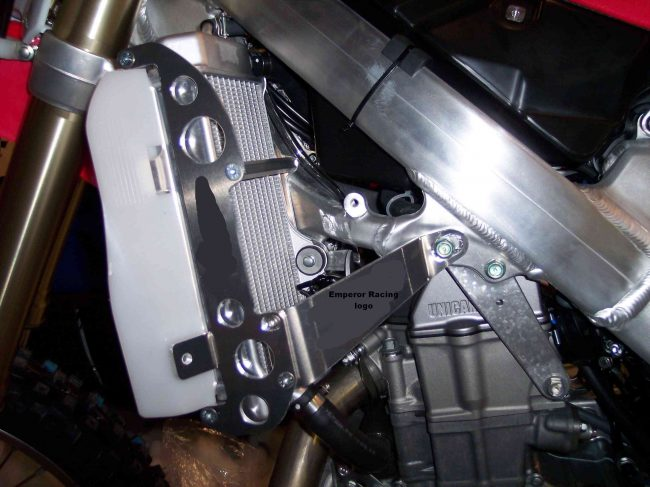 1605-Emperor-Radiator-Frame-2