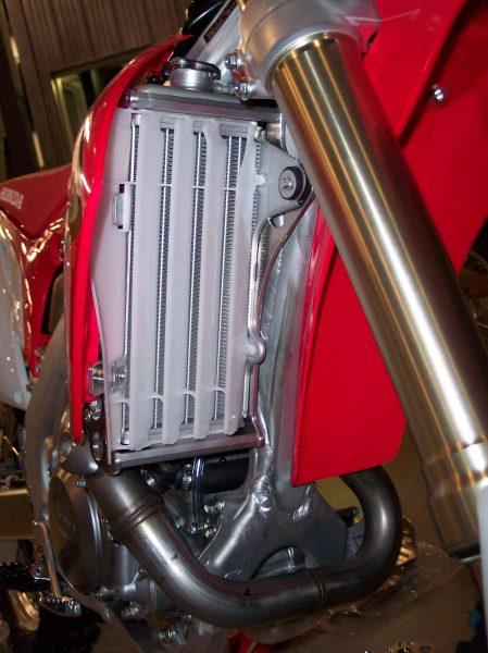 1605-Emperor-Radiator-Frame-4